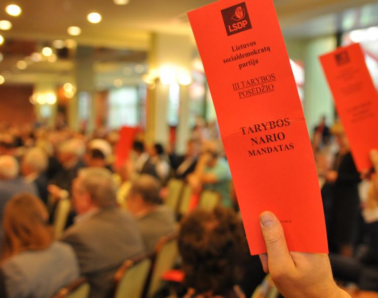 Socialdemokratai tarybos posėdyje aptars pandemijos valdymą ir kitas politines aktualijas