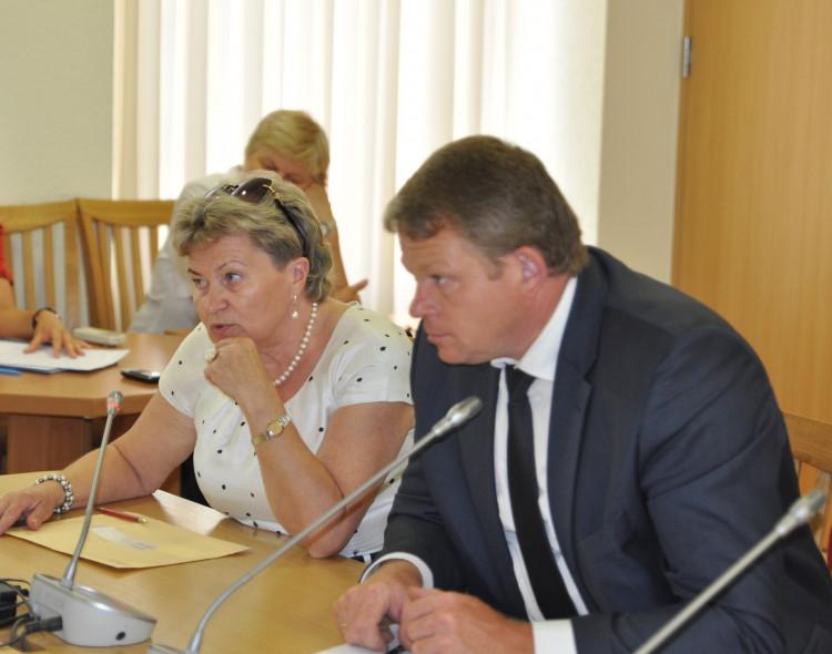Socialdemokratų frakcija balsavo sudaryti frakcijų koaliciją su valstiečiais