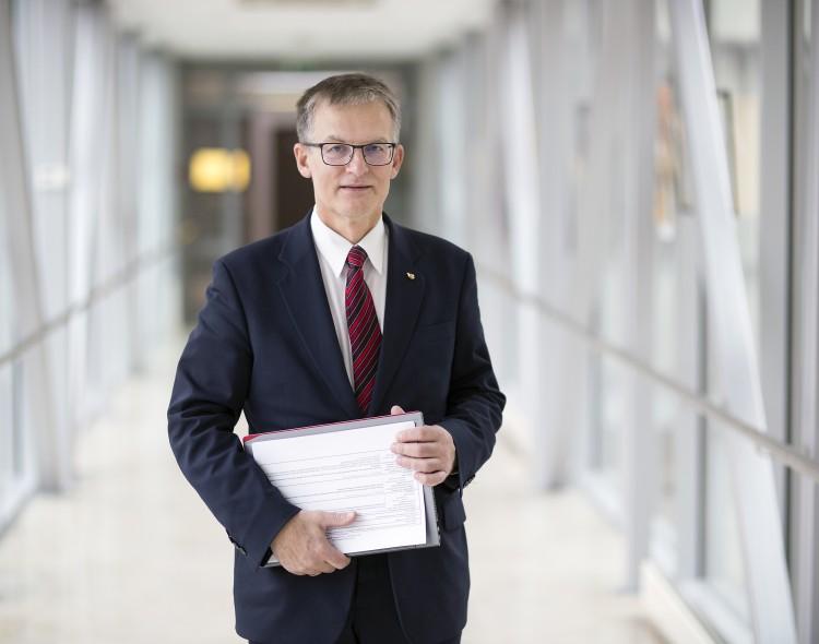 Opozicijos lyderis G. Nausėdos prašo vetuoti Seimo rinkimų ir VRK įstatymus
