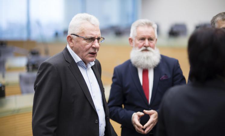 Seimo Etikos ir procedūrų komisija posėdžiauja neteisėtai