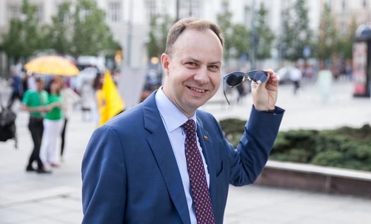 """Socialdemokratai – apie A. Verygos interpeliaciją: ministrui neužtenka pasakyti """"sieksime"""""""