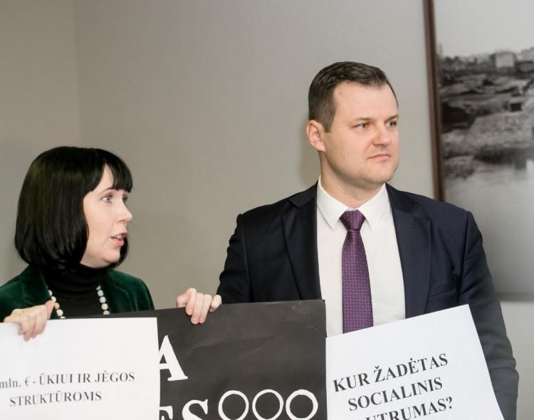 S. Skvernelis užsipuolė G. Palucką dėl dalyvavimo proteste prieš smurtą