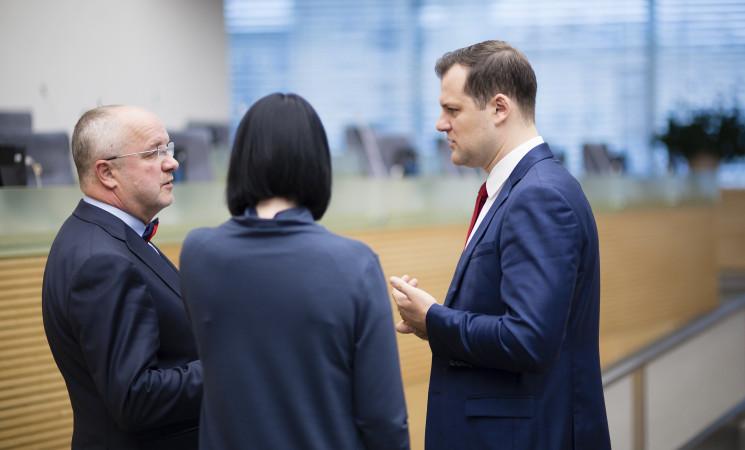 """G. Paluckas ir J. Olekas prašo įvertinti, ar """"Agrokoncernas"""" neiškraipo rinkos"""