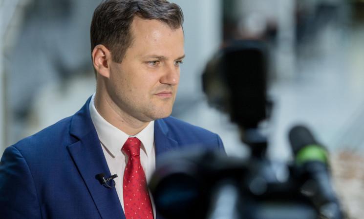 Socialdemokratų lyderis G. Paluckas ragina teisingumo ministrę M. Vainiutę trauktis iš pareigų