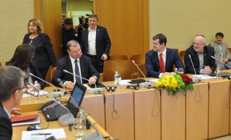 Socialdemokratai kelia klausimą dėl apkaltos R. Karbauskiui