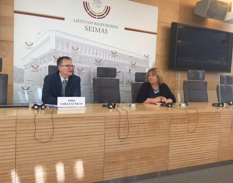 """J. Sabatauskas: """"Jeigu bus komisija dėl """"tulpių"""" – galėčiau jai liudyti"""""""