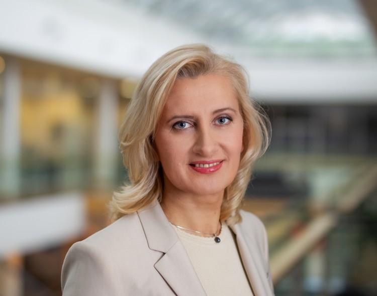 Dėl uždraustos politinės reklamos kandidatė į merus VRK skundžia Šalčininkų savivaldybę
