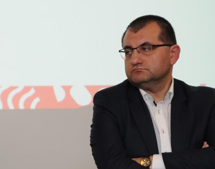 Profesorius V. Kasiulevičius apie tai, ką valdžia nutyli: kaime gimusiam kūdikiui šansai mirti – keturis kartus didesni