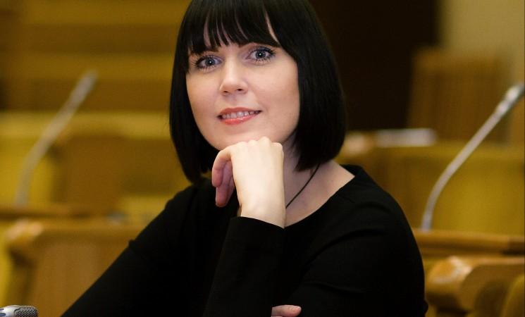 Dovilė Šakalienė. Kaip užtikrinti teisingumą išieškant skolas? Antstolių veiklos reguliavimo pasiūlymai