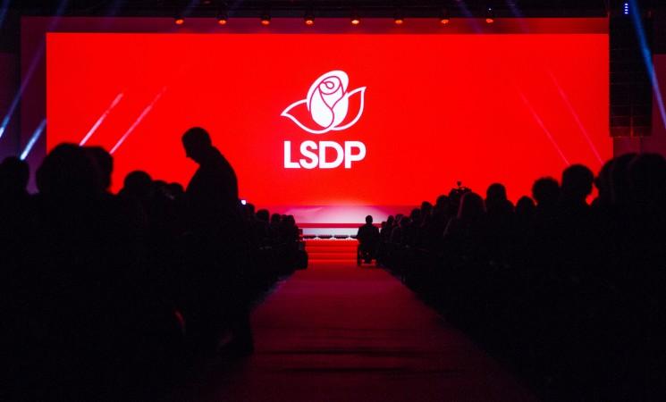 LSDP sveikina Švedijos socialdemokratų pirmininką S. Löfven'ą tapus premjeru