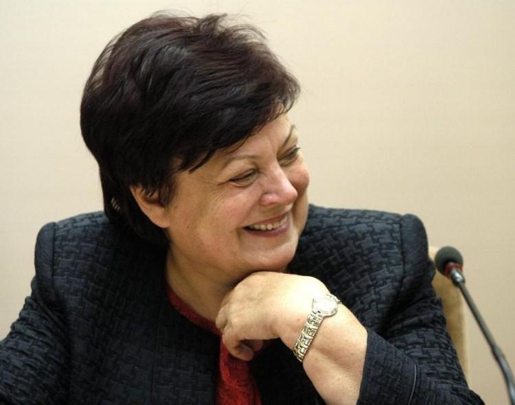 """Giedrė Purvaneckienė. Chruščiovo idėjos """"valstiečių"""" politikos absurdo teatre"""