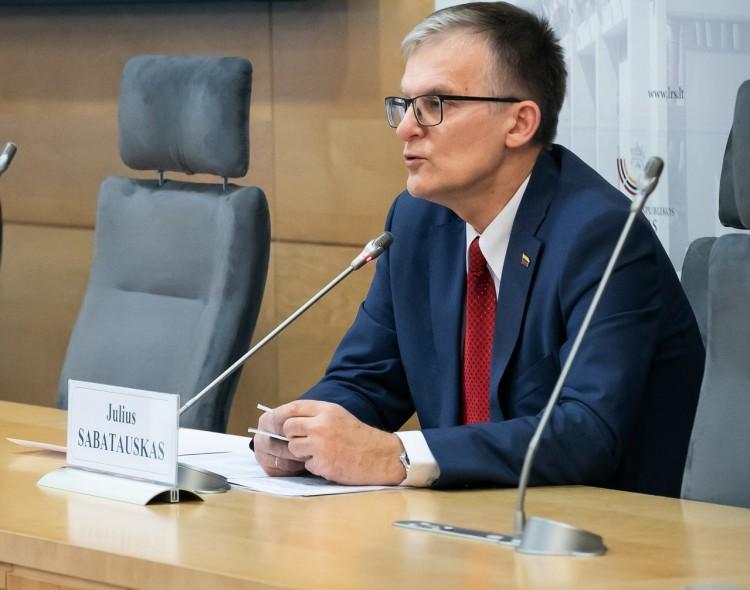 J. Sabatauskas: premjeras yra koalicijos partnerių įkaitas