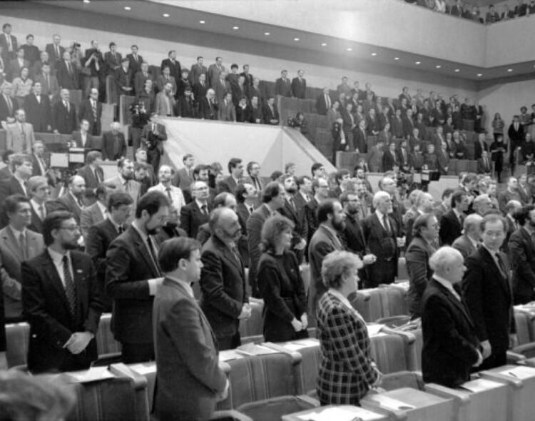 Kandidatą į prezidentus V. Andriukaitį remia daugiau nei 30 signatarų
