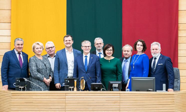 Ministras prisipažino socialdemokratams: ne visi pašto pokyčiai pasiteisino
