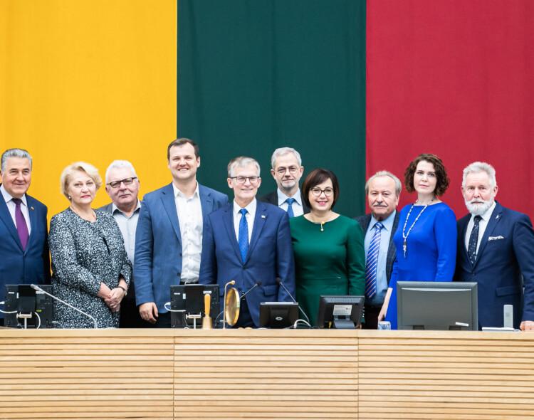 Valdančiųjų pasiekimas: Vilniaus universitetas buvo uždarytas caro, nacių ir dabar