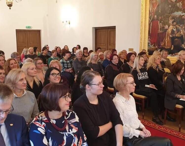 Socialdemokračių moterų sąjunga: lyčių lygybės situacija Lietuvoje prastėja