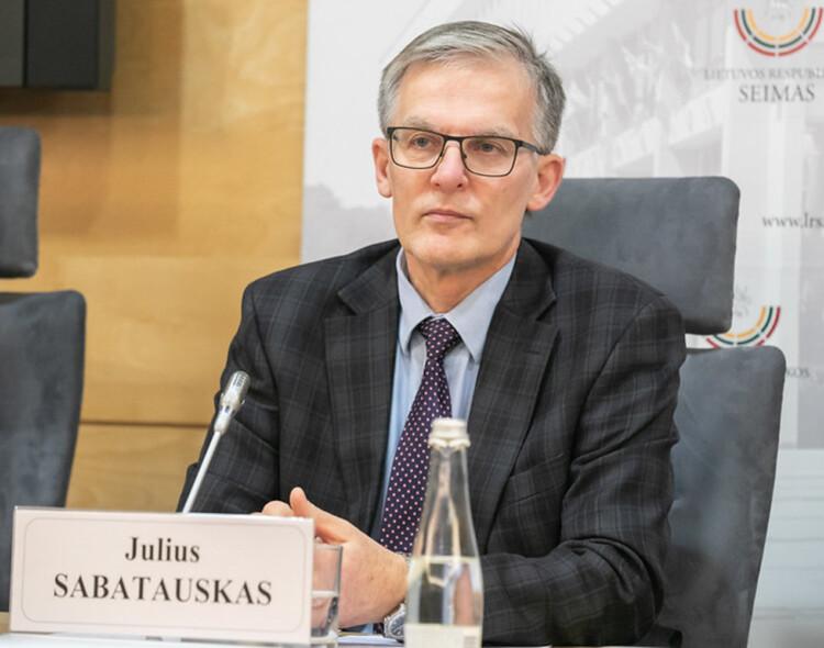 """Julius Sabatauskas. Pandemija atskleidė, ko vertas """"valstiečių"""" pažadas stiprinti sveikatos apsaugą"""