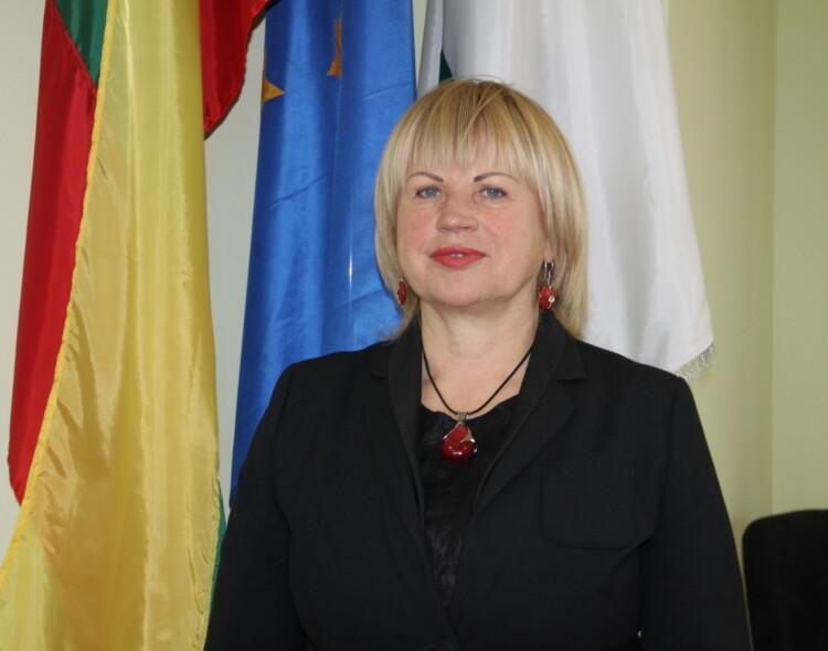 Irena Sirusienė. Vaistinių klestėjimo metas