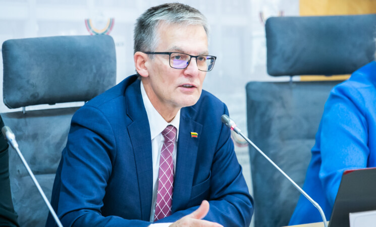 Seimo vicepirmininku išrinktas socialdemokratas J. Sabatauskas