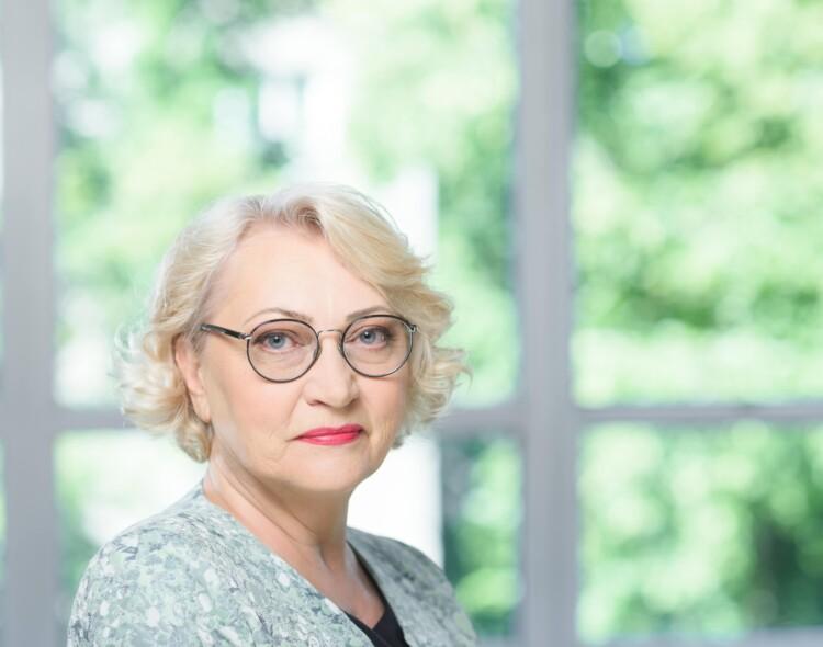 R.Budbergytė: Veryga, spaudžiamas visuomenės, iki rinkimų atsisakė eksperimento su žmonių sveikata
