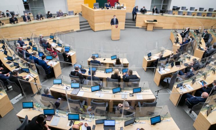 Vyriausybės programos nepalaikantys socialdemokratai Seimui pateikė alternatyvią