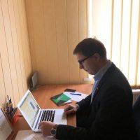 Tomas Jakutavičius teikia pagalbą darbo teisės klausimais